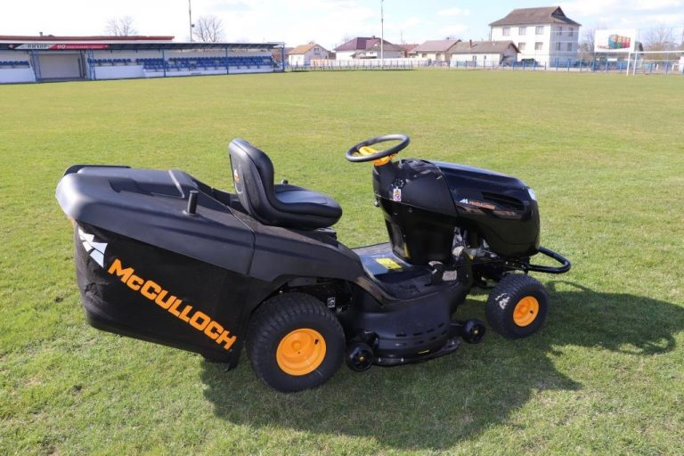 Придбано новий міні-трактор газонокосарку в Ямницьку ...