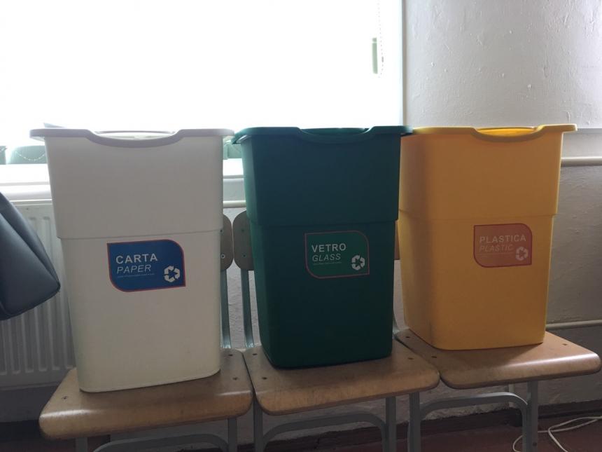 Дзвиняцька громада запроваджує роздільне сортування відходів