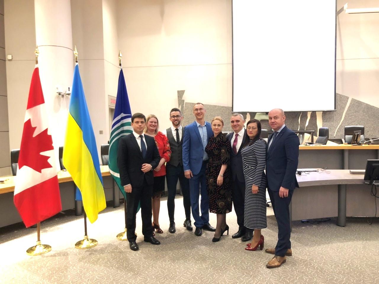 В Оттаві відбулася зустріч делегації АМУ ...