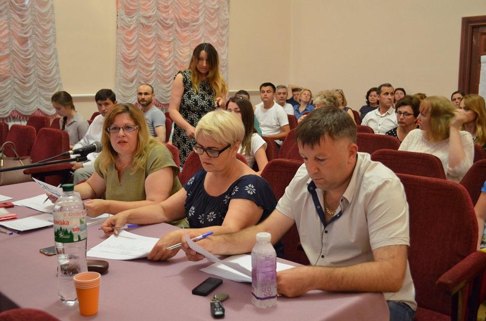"""У Бурштині учасники конкурсу """"Громада своїми руками-2019"""" презентували свої міні-проекти"""