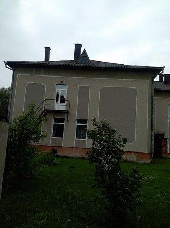 В ДНЗ «Берізка» Заболотівської селищної ради ОТГ, проведено ремонт із встановленням метало пластикових дверей, вікна та професійної кухонної витяжки