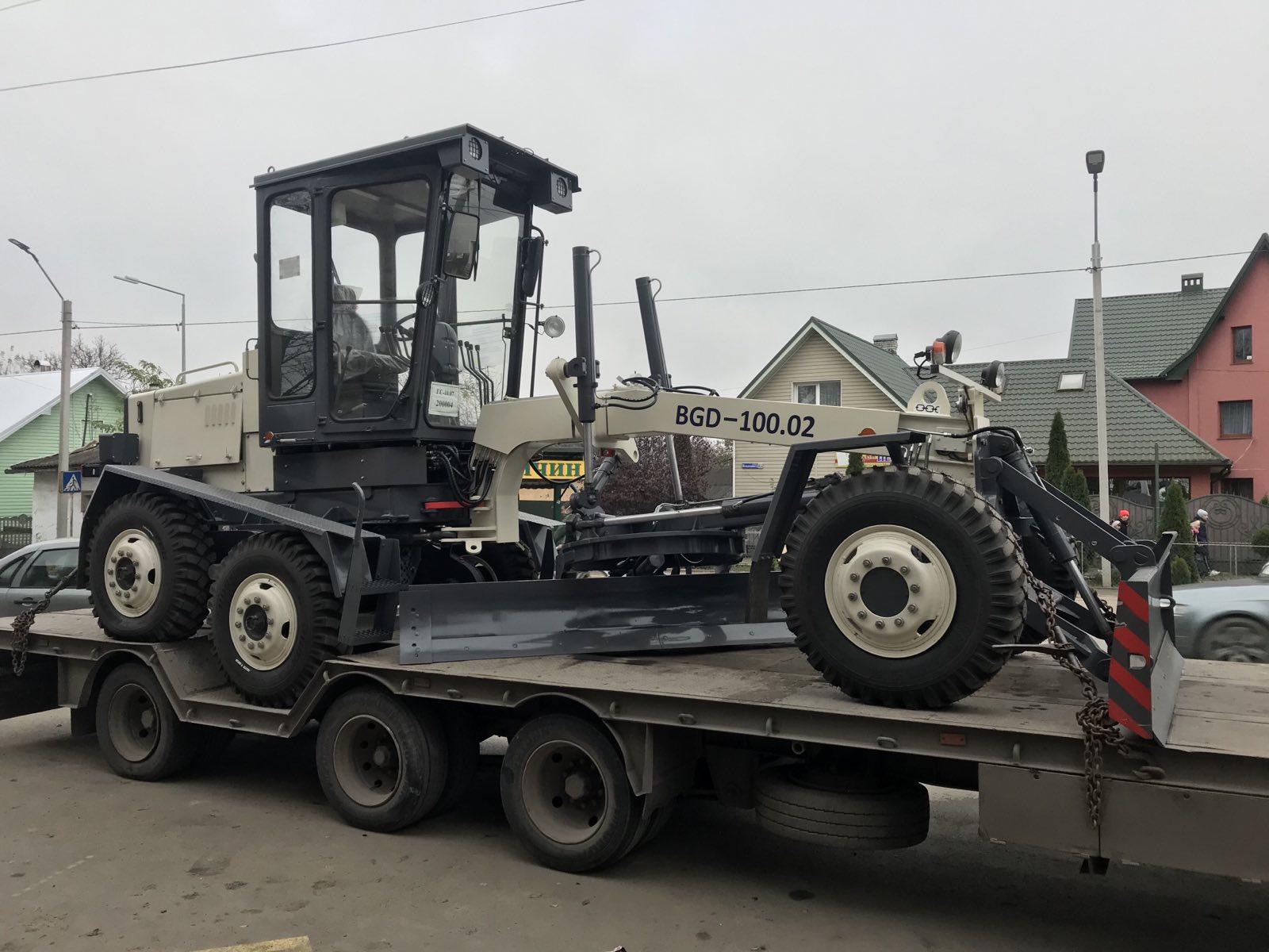 Ланчинська ОТГ отримала новий автогрейдер для ...
